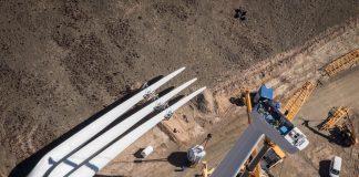 Budowa farmy wiatrowej w Pakistanie