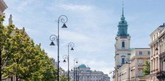 Rowery Veturilo na tle miasta Warszawa
