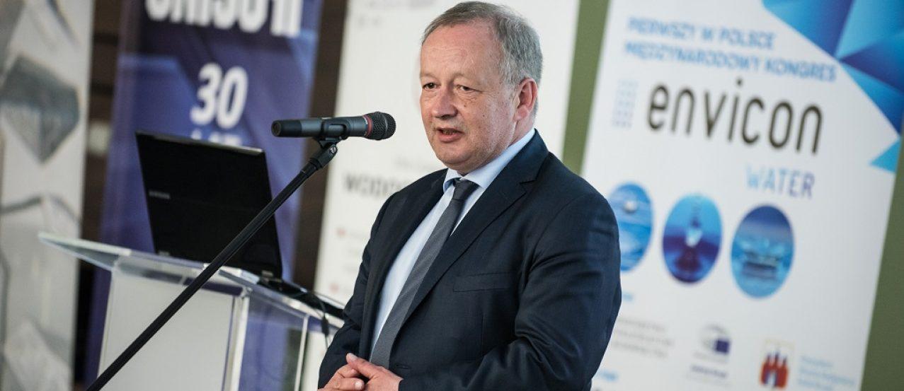 Wiceminister Mariusz Gajda podczas Kongresu Envicon Water w Bydgoszczy 2016