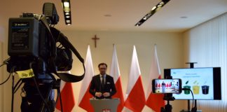 Konferencja Ministerstwa Środowiska, którą poprowadził wiceminister Sławomir Mazurek