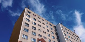 Blok mieszkalny w Polsce