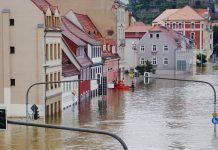 Powódź, zalane ulice