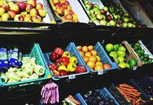 Produkty spożywcze w sklepie, owoce