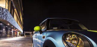 Samochód Mini Cooper wypożyczalni carsharing 4Mobility