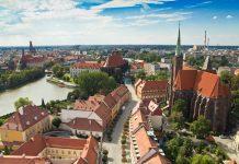 Wrocław - panorama z kamienicami i zabudową Starego Miasta