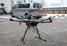 Dron straży miejskiej w Katowicach służący do pomiaru smogu