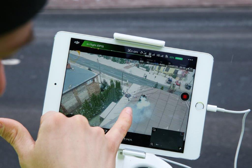 Kontrola smogu przy pomocy drona i tabletu