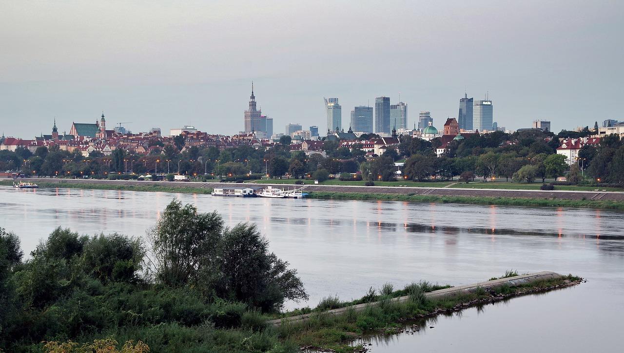 Woda w Wiśle jest bezpieczna - zapewnia Warszawa